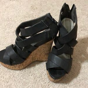Black wedges with zipper back